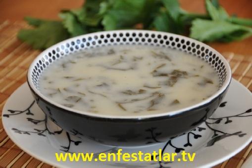 Kereviz Yapraklı Çorba