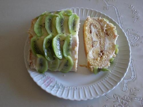 Meyveli Rulo Pasta