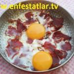 Pastırmalı Yumurta