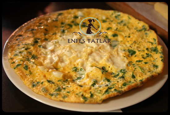 peynirli-omlet-tarifi
